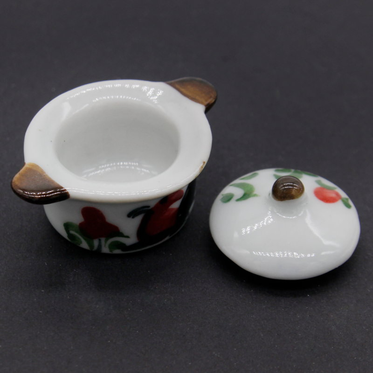 Miniature Printed Ceramic Kitchen Set